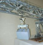Giant Block-setting Crane - Load and linking device